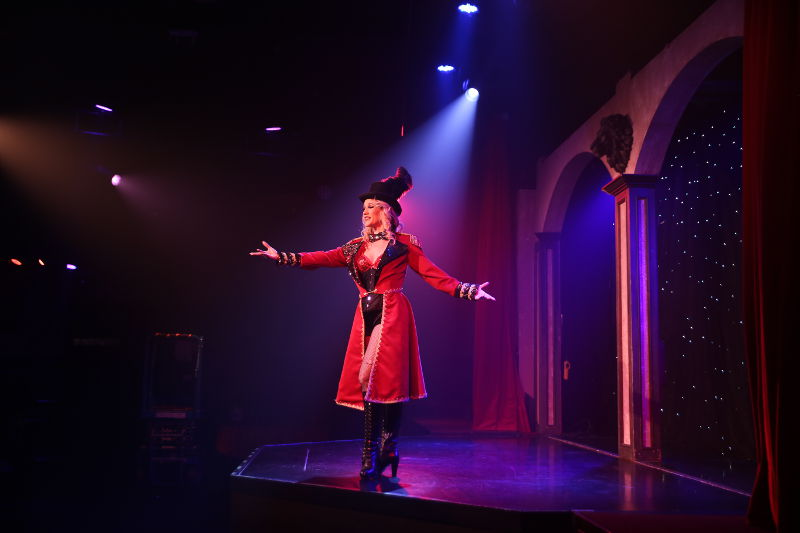 The Ringmistress
